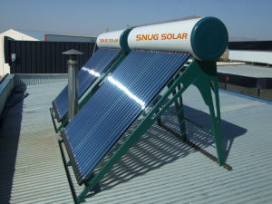 Pressurized Heat Pipe Evacuated Tube Solar Hot Water Heater pictures & photos