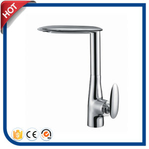 Single Handle Brass Kitchen Sink Faucet (17156)