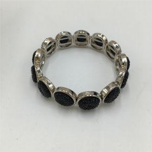 Vintage Alloy Bracelet with Flower Pattern Acrylic Jewelry Bracelet pictures & photos