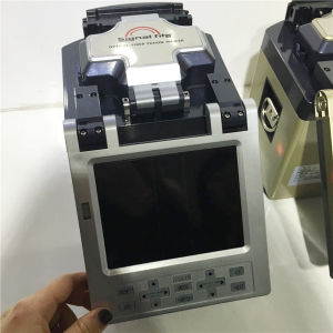 Professional Made Auto-Operated Fiber Fusion Splicer Fs-86