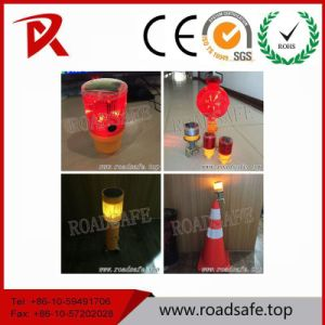 Roadsafe Traffic Block Emergency Solar LED Warning Barricade Lamp pictures & photos