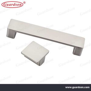 Furniture Handle Cabinet Handle and Knob Zinc Alloy (800520) pictures & photos