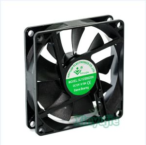 Small 12V DC Fan 80mm 8020 80X80X20mm Brushless DC Cooling Fan pictures & photos