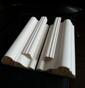 Home Decorative Gesso Coated MDF Baseboard Corner Moulding pictures & photos