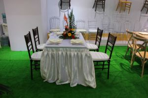 Wedding Rental Wooden Tiffany Stacking Chiavari Chair pictures & photos