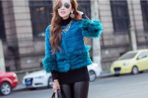 Women′s Winter Warm Rabbit Fur and Raccoon Fur Patchwork Short Coat pictures & photos