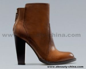 Fashion Chunky Heel Booties B121017