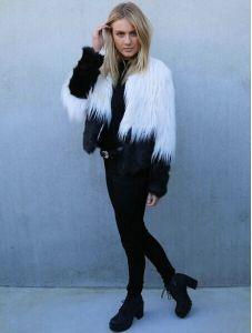 2014 Autumn Winter Latest New Women Warm Two Tone Shaggy Faux Fur Short Coat in White Plus Size M L Xl pictures & photos