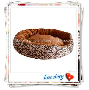 2015 Hot Sale Pet Bed New Design Leapard Sprint Dog Bed pictures & photos