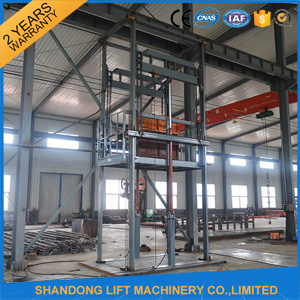 Vertical Hydraulic Cargo Lift for Sale pictures & photos