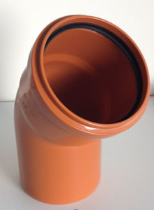 PVC-U Pipe &Fittings for Water Drainage 45deg Elbow with Socket (C86) pictures & photos