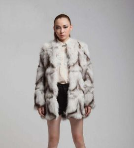 China New Designer Genuine The Whole Fox Fur Coat Womens Long Fur