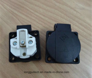 UK Waterproof Dustproof Socket Lgt-Ukdh53 pictures & photos