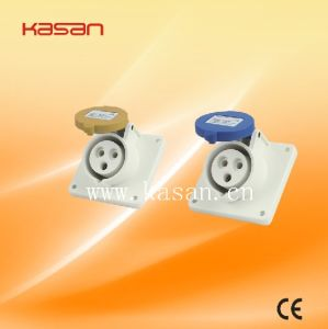 Hot Sell 413 IP55 3pin Industrical Plug and Socket pictures & photos