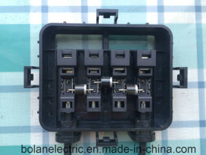 4 Way Solar PV Junction Box for 200-300 PV Module pictures & photos