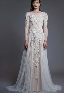 Latest Fashion Design Natural Color Lace Long Sleeve Wedding Dress pictures & photos