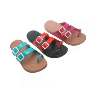 New Arrival Summer 2 Size Smaller Sweet Flip Flops pictures & photos
