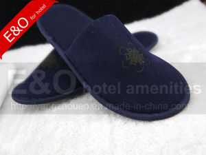 Hot Sale Custom High Quality Cheap Disposable Hotel Slipper pictures & photos