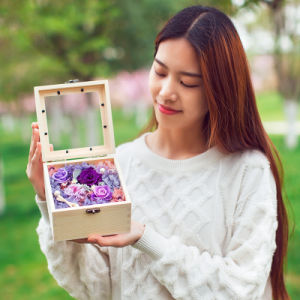 Wooden Gift Box Preserved Fresh Flower for Creative Gift pictures & photos