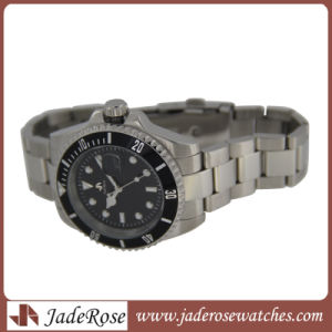 Fashion Luxury Men Sport Stainless Steel Watch pictures & photos