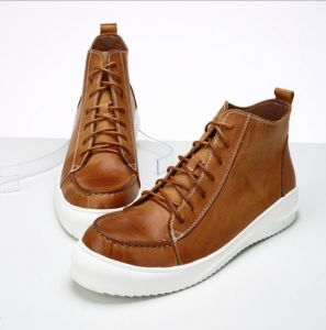 Men Casual Shoes Lace up Platform Leather Winter Boots (AKPX19) pictures & photos