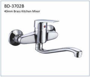 Bd3702b 40mm Brass Single Lever Kitchen Faucet pictures & photos