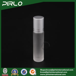 10ml Frosted Glass Roll on Bottle with Glass Roller and Silver Cap pictures & photos