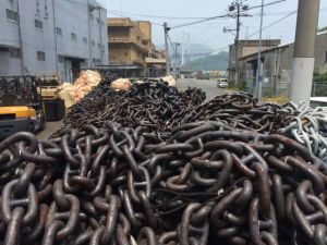 High Quality Dia 20~130 mm Studless Marine Ship Anchor Chain for Sale pictures & photos
