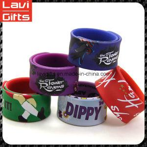 Color Brilliancy Custom Silicone Slap Rubber Bracelet pictures & photos