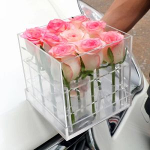 Hot Sale Plexiglass Flower Box Acrylic Roses Box pictures & photos