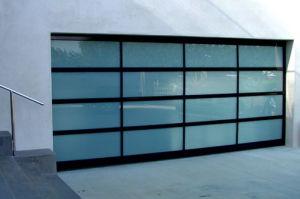 Wholesale Garage Sectional Decorative Door pictures & photos