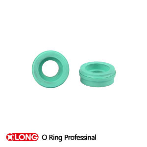 Tb Lips with Metal Cover Rubber Oil Seal for Pump pictures & photos