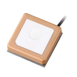 GPS Active Internal Patch Antenna with 20X20mm Size Low Noise Amplifer with 1.13 Cable pictures & photos