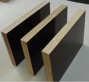 Diamond Anti-Slip Poplar-Birch Combi Plywood for Decoration pictures & photos