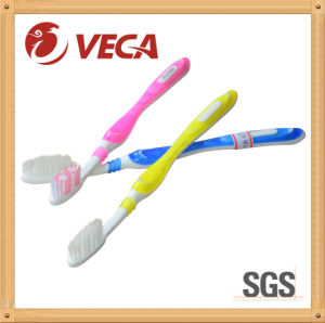 Luxury Adult Toothbrush with Soft Bristles pictures & photos
