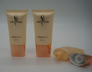 Plastic Tube Manufacturer Soft Cosmetic Plastic Tube pictures & photos