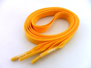 Custom Burnt Orange Coiled Flat Shoelaces pictures & photos