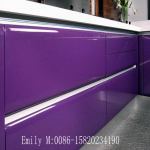 Classic White Glossy Lacquer Door Kitchen Cabinet (ZH-K052) pictures & photos