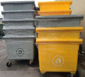 Large Capacity Volume 1100lt Plastic Mobile Garbage Container pictures & photos