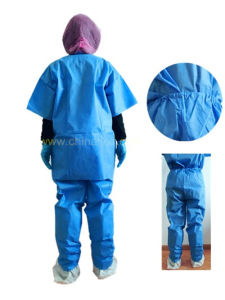 Wholesale Disposable Short Sleeves Patient Surgical Gowns pictures & photos