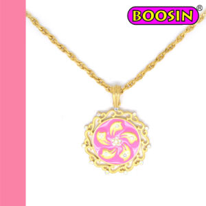 Fashion Gold Plated Hongkong Regional Flag Pendant Necklace #14600 pictures & photos