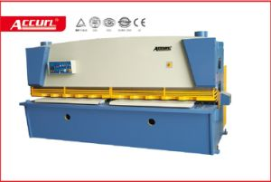 CNC Hydraulic Guillotine Shearing Machine pictures & photos