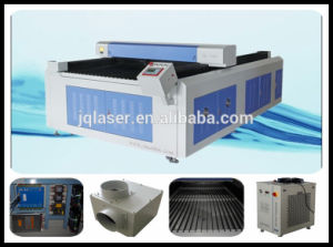 Jq Advertisement Wood Acrylic CO2 Laser Cutter Equipment pictures & photos