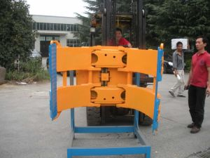 Forklift Attachments Paper Roll Clamp (ISO/CE certification) pictures & photos