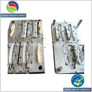 CNC Precision Plastic Injection Moulding / Molding for Auto Accessories (MD25023) pictures & photos
