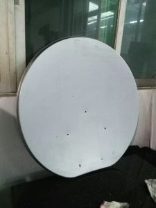 800t Press Big Progressive Die for TV antenna Reflector pictures & photos