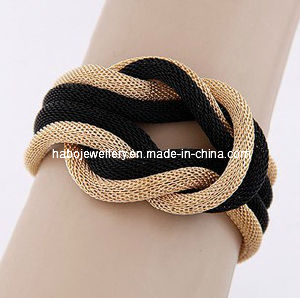 Fashion/Jewelry/Black and Gold Chain Bracelet (XBL12983) pictures & photos