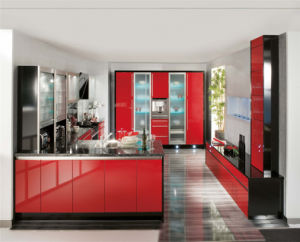 2016 Hot Sale Plywood Red Lacquer Kitchen Cabinets (ZS-087) pictures & photos