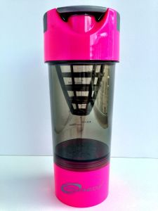 Best Qualtity 700ml Shake Bottle with Strainer pictures & photos