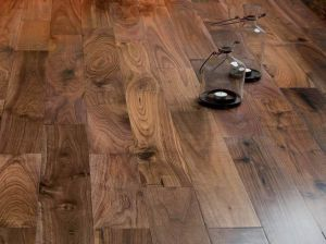 American Walnut Floor (AW-IV) pictures & photos
